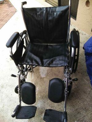 Wheelchair for Sale in Boca Raton, FL