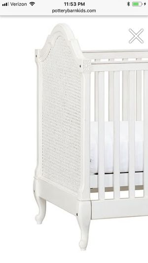Pottery Barn Genevieve Crib for Sale in Los Angeles, CA