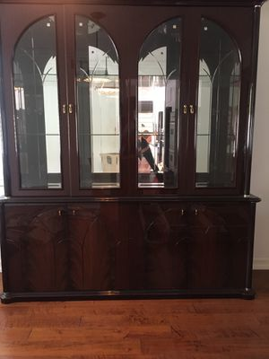 Traditional Antique glass cabinet. for Sale in Calabasas, CA