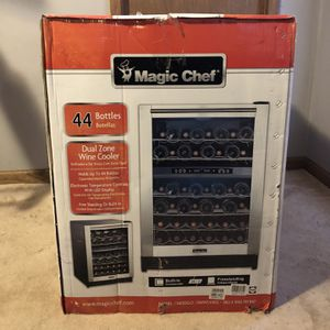 New Magic Chef 44 Bottle Dual Zone Wine Cooler in Stainless Steel for Sale in Atlanta, GA