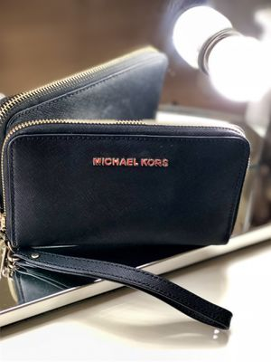 Michael Kors | Saffiano Leather Wallet for Sale in Tampa, FL