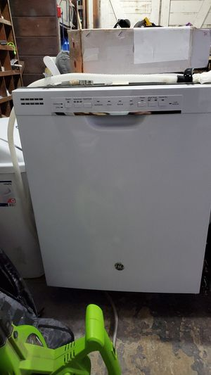 GE dishwasher like new for Sale in Hayward, CA
