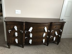Brand New Thomasville Weston 9 Drawer Dresser for Sale in Columbus, OH