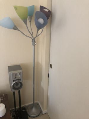Living room floor lamp for Sale in South San Francisco, CA