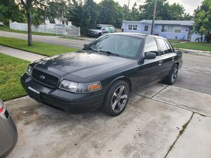 2008 Ford Crown Victoria Police Interceptor. for Sale in Miami Gardens, FL