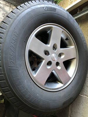 Jeep tires and wheels for Sale in Niles, IL