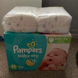 Newborn Pampers for Sale in Claremont,  CA