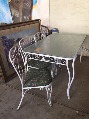 Patio table with 4 chairs..vintage..wrought iron..pay $53 now an balance end of month..full price $150..no credit check no interest for Sale in Beaumont, CA