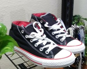 Chuck Taylor Converse for Sale in Austell, GA