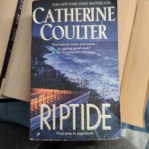Riptide, Catherine Coulter, Paperback for Sale in Auburn, WA
