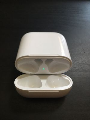 Apple Airpods Charging Case for Sale in West Hartford, CT