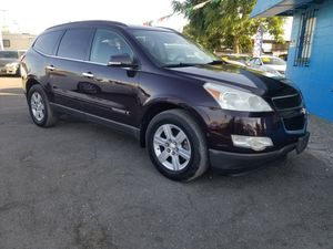 2009 CHEVY TRAVERSE FULLYLOADED LEATHER for Sale in Modesto, CA