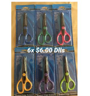 Brad New 6 Shaped Edge Scissors 6x for $6.00 Dlls for Sale in Chula Vista, CA