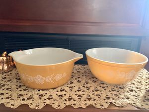 Vintage Pyrex Bowls for Sale in Baldwin Park, CA