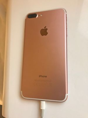 IPhone 7 Plus for Sale in Providence, RI