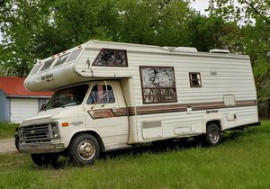 1987 Chevy 1 ton Sprinter RV for Sale in Waterford Township, MI