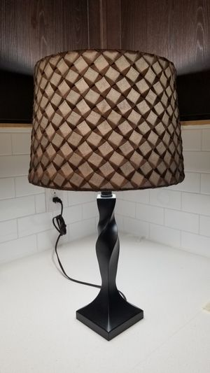 Table Lamp (bulb included) for Sale in Austin, TX