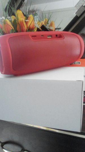 Bluetooth waterproof speaker for Sale in New York, NY
