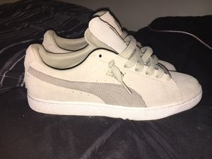 Suede pumas for Sale in Pittsburgh, PA