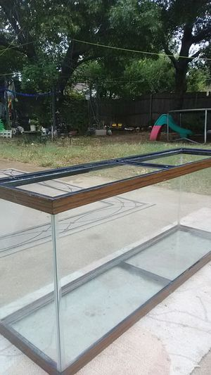 Fish or Reptile Tank. for Sale in Hurst, TX