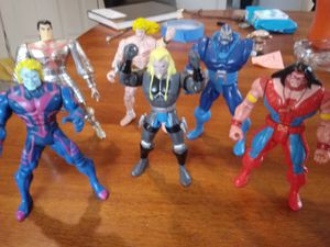 1990's Vintage Marvel Action Figures for Sale in Davenport, IA
