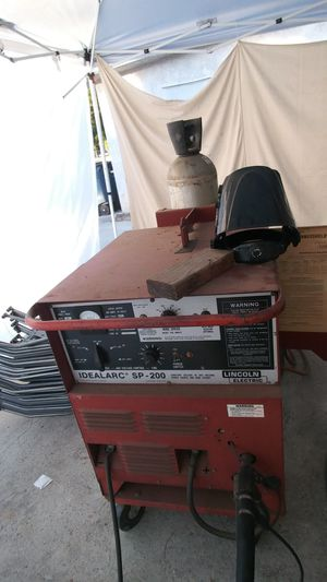 Lincoln ideal arc sp-200 mig welder for Sale in Lakeside, CA