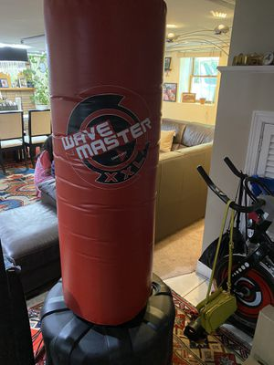Wave master Punching bag for Sale in Chelsea, MA