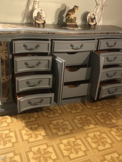 Dresser for Sale in Glendora,  CA