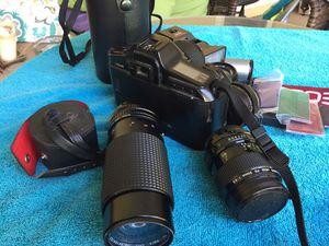 Camera canon T 90 for Sale in Los Angeles, CA