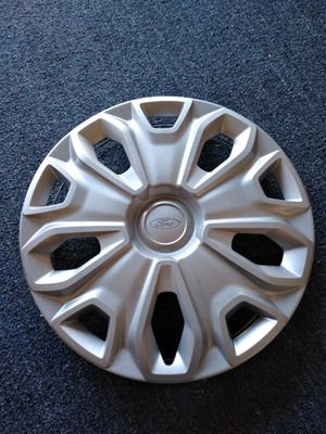 "Ford transit hubcap 16"" Fits 2015 2016 2017 2018 Part # ck41 1130 ac Factory oem used Great condition No scratches No broken clips for Sale in Orlando, FL"