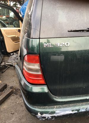 2000 Mercedes ml320 4 parts for Sale in Los Angeles, CA