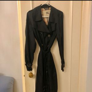 Burberry silk trench coat for Sale in Imperial Beach, CA