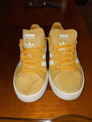 Adidas shose for Sale in Beaverton, OR
