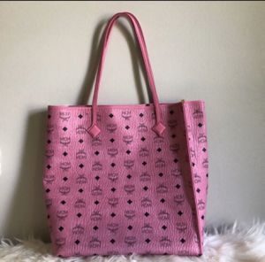 Barely worn MCM bag for Sale in Washington, DC
