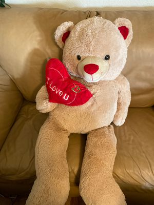 A BIG Valentine's Day Teddy Bear for Sale in Pittsburg, CA