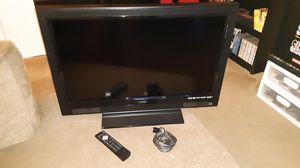 "Vizio 32"" LCD TV for Sale in Durham, NC"
