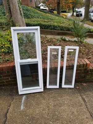 Window 17 3/4x46 + 2 picture windows 32 3/4x9 1/2 for Sale in Landover, MD
