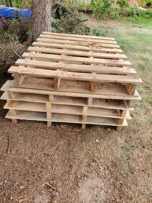 5 pallets for sale. for Sale in New Britain, CT