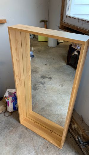 Mirror box for Sale in Raleigh, NC