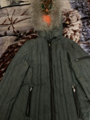 Michael Kors down jacket with Raccoon fur trimmed hood for Sale in Vacaville, CA
