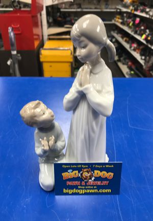 1970's praying lladro figurine for Sale in Murray, UT