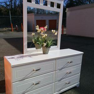 Modern White Dresser With Mirror Drawer Working Well Great Condition for Sale in Fairfax, VA