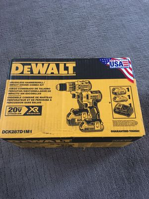 DEWALT 20-Volt MAX XR Lithium-Ion Cordless Brushless Drill/Impact Combo Kit (2-Tool) with (1) Battery 2Ah and (1) Battery 4Ah for Sale in Lemont, IL