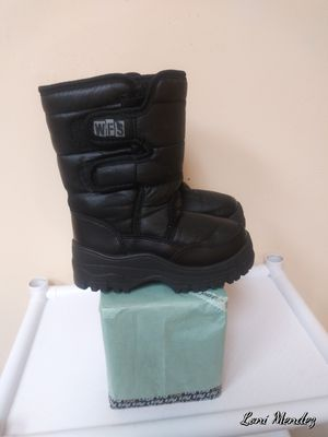 Kids Snow Boots (size 12) for Sale in Houston, TX