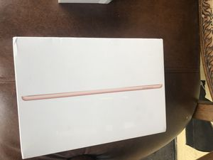 iPad 7th Generation 128 gigs for Sale in Hazleton, PA