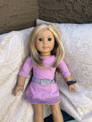 American girl doll ( 2 outfits! And earrings!) for Sale in Scottsdale, AZ