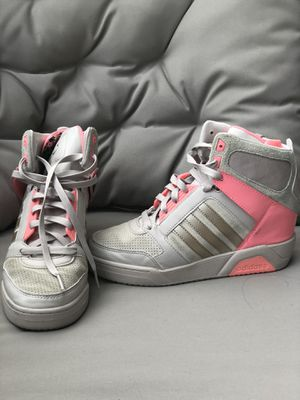 Adidas pink and grey wedge sneaker for Sale in Orlando, FL