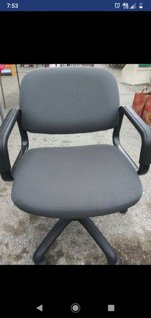 Office chair for Sale in Hollister, CA