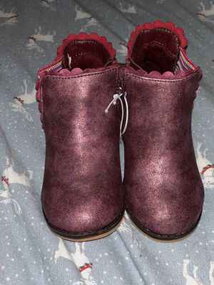 Girls toddler purple boots new size 6 for Sale in Bloomington, CA