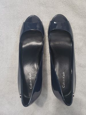 Calvin Klein Navy Blue Heels, size 8 for Sale in St. Petersburg, FL